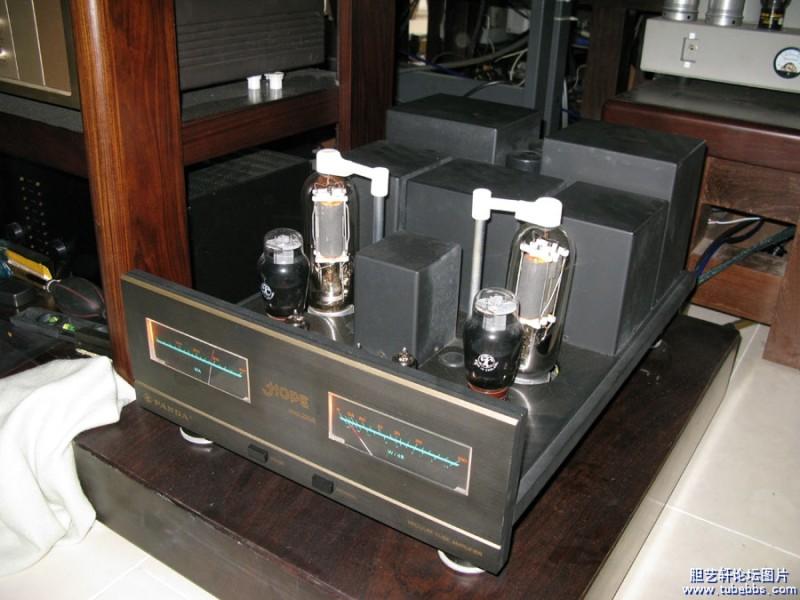 每声道静态平流(单指fu-5功放管)200毫安,屏压980v,20支电子管的灯丝