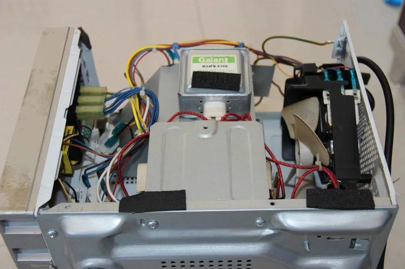 微波炉磁控管部分电路图