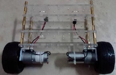 量子双轮平衡小车